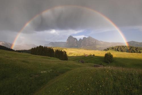 arcobaleno-alpe-di-siusi-prima